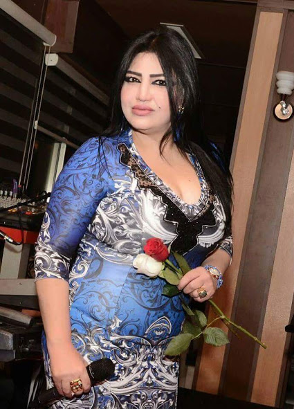 Gorgeous Iraqi Lady With Red And White Rose