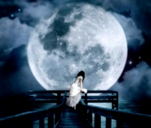 LATEST NIGHT AND MOON SHAYARI