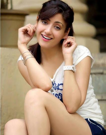 Looking Naughty Indian Sweet Girl Stylish Pics