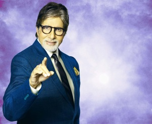 Amitabh-Bachchan-at-KBC-nice-walls