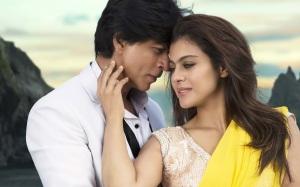 Hot-pics-of-Shahrukh-Kajol-images
